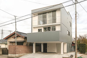 No.10 広場の家